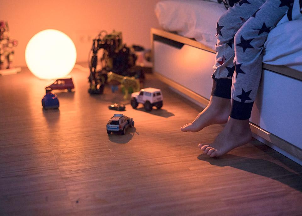 Subtelne oświetlenie w nocy