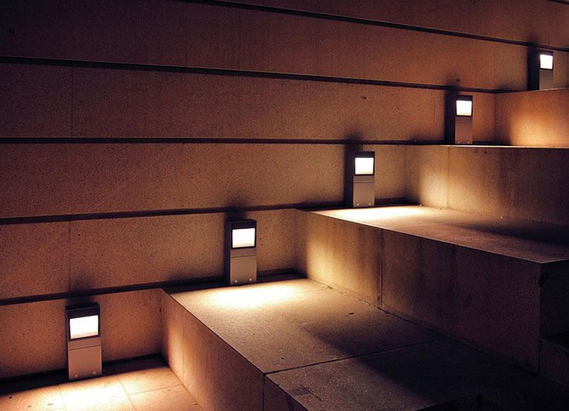 Światło samo się wyłącza
